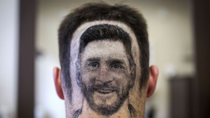 skynews-football-fan-haircut_4335614